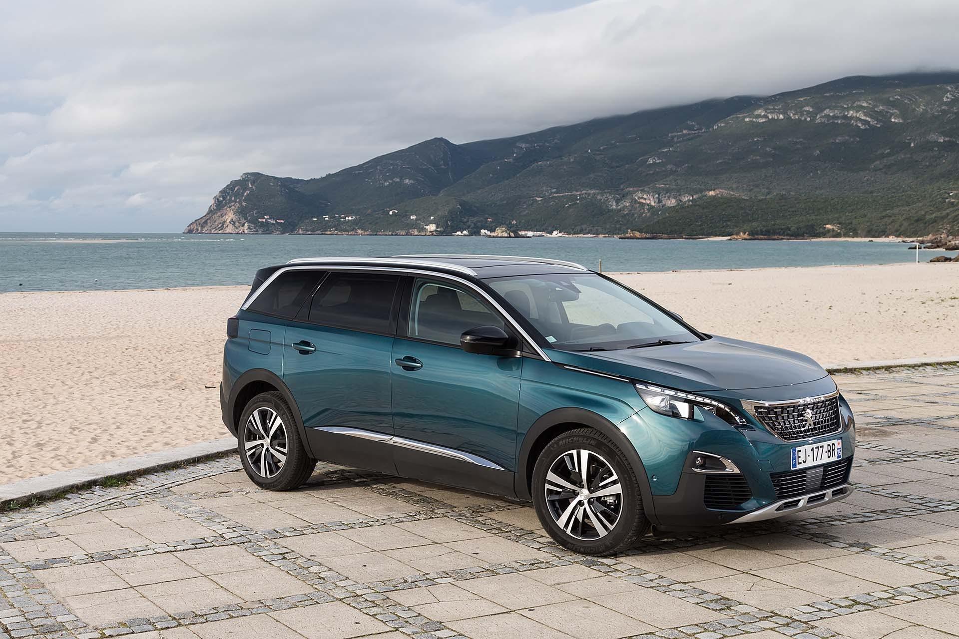 Peugeot-5008-014