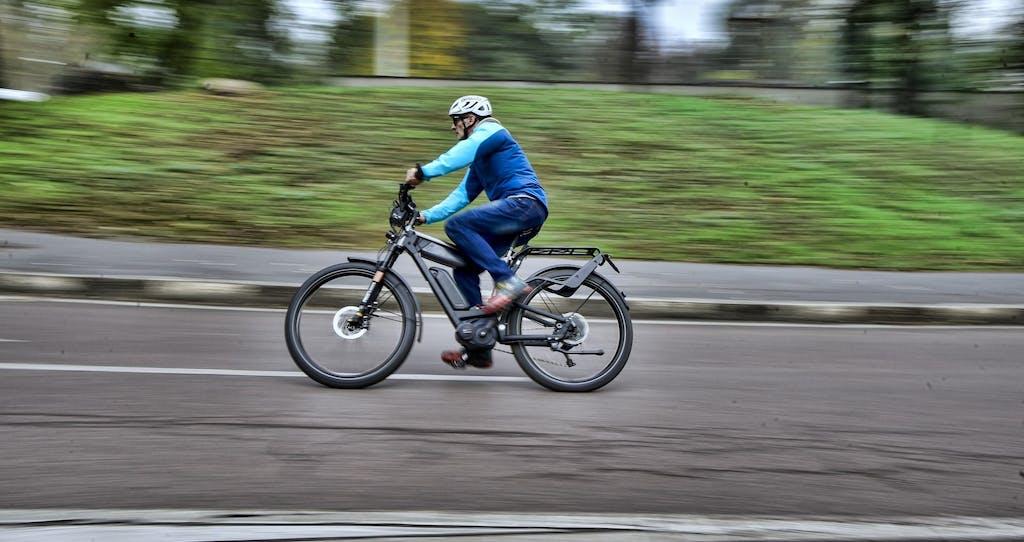 Prova ABS Bosch: sulle e-bike del futuro anche la frenata sarà assistita