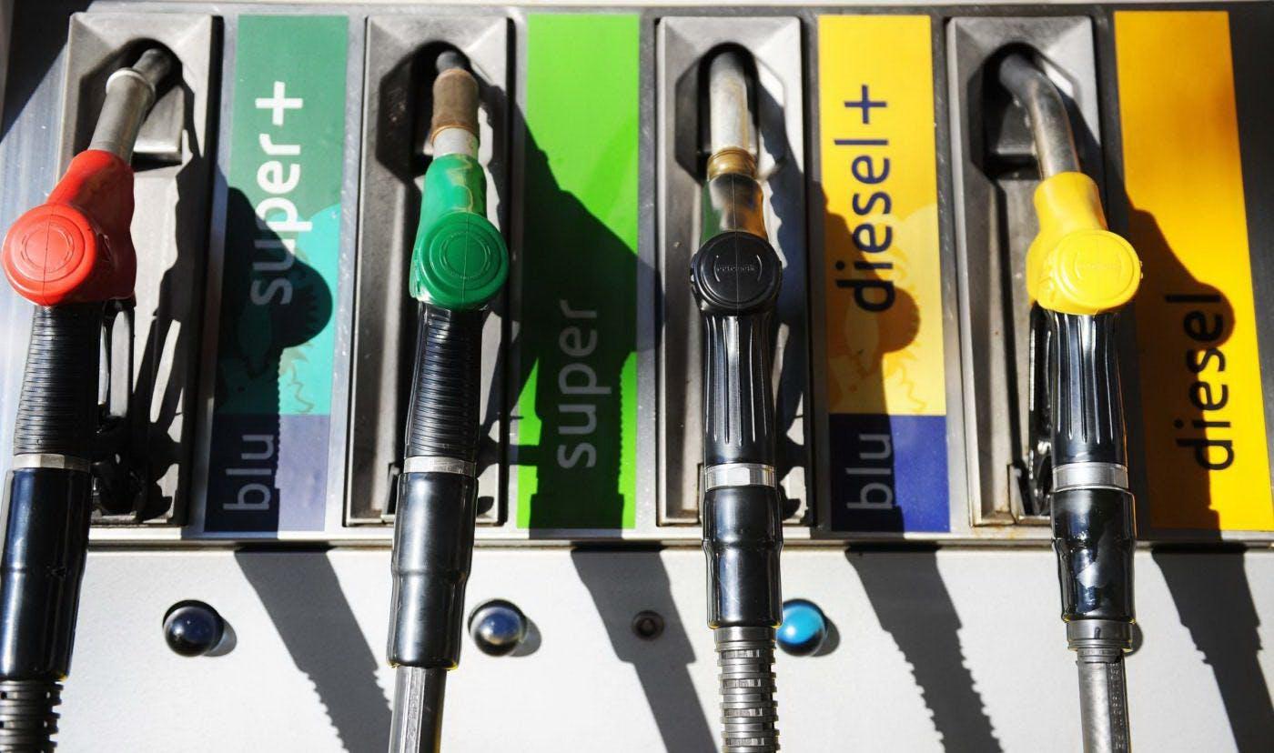 pompa benzina diesel eni