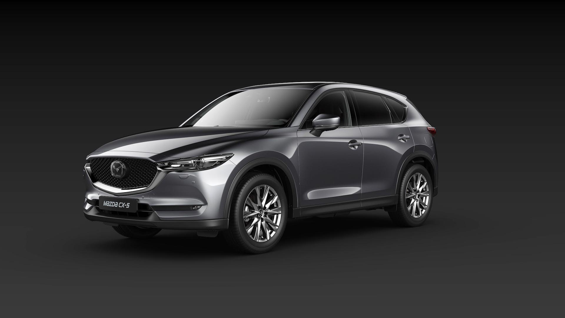 Mazda CX-5 color grigio vista in tre quarti