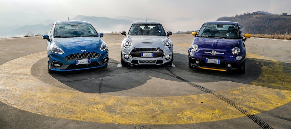 Confronto piccole sportive: Abarth 595 Pista vs Ford Fiesta ST vs MINI Cooper S