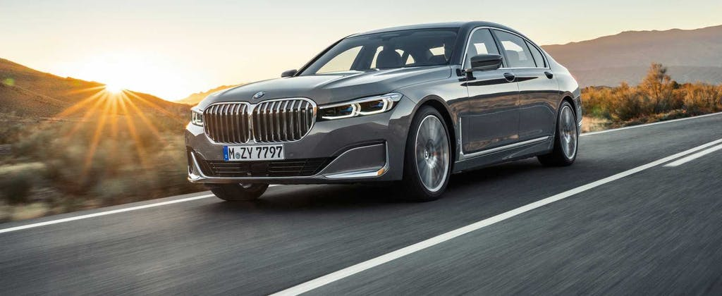 Nuova BMW Serie 7, l'ammiraglia che prevede la strada
