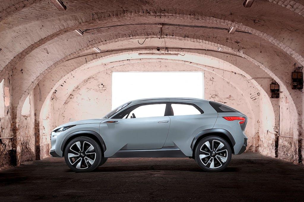 Hyundai Intrado: idrogeno e acciaio/carbonio