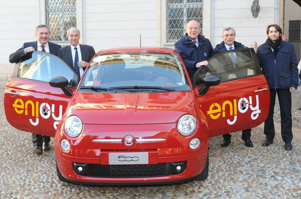 A Milano arriva Enjoy, il car sharing di Eni