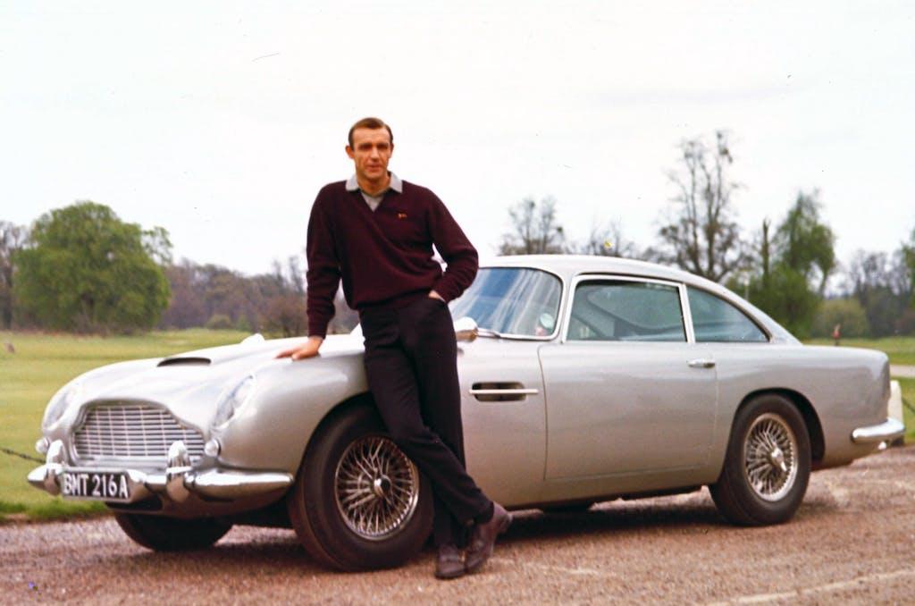 Aston Martin, James Bond diventa (un po') tricolore
