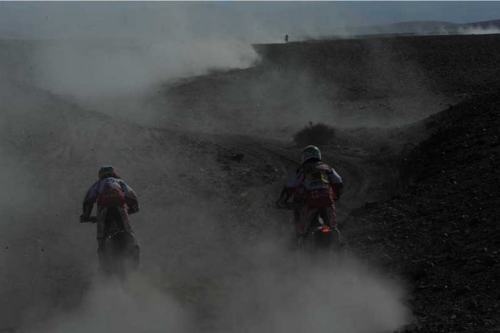 Dakar 2012 stage 8. The race goes on!