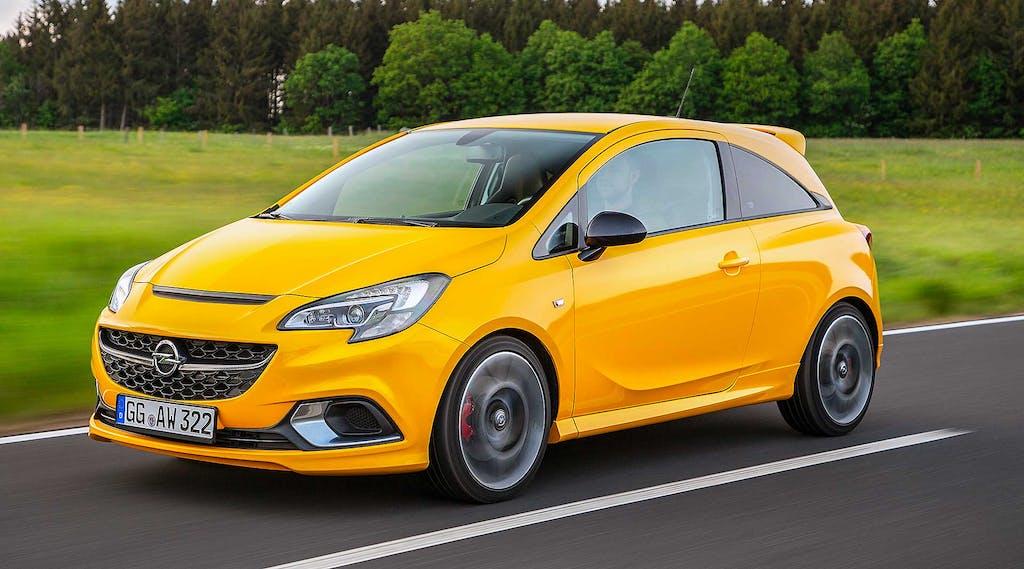 Prova Opel Corsa GSi  Piccole bombe tornano