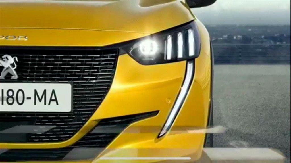 Peugeot 208 2019 strumentazione