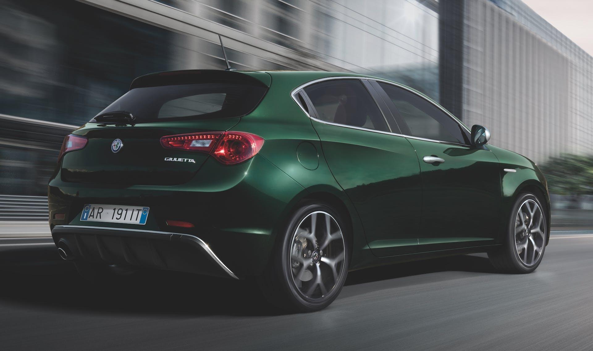 Alfa Romeo Giulietta 2019 3/4 posteriore verde visconti