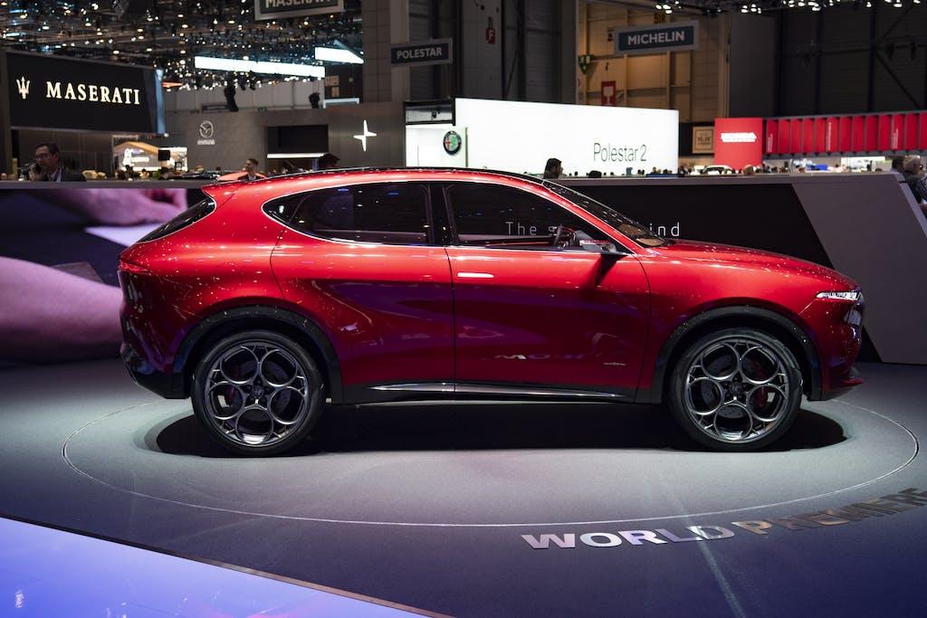 Alfa Romeo Tonale, arriva il SUV compatto ibrido