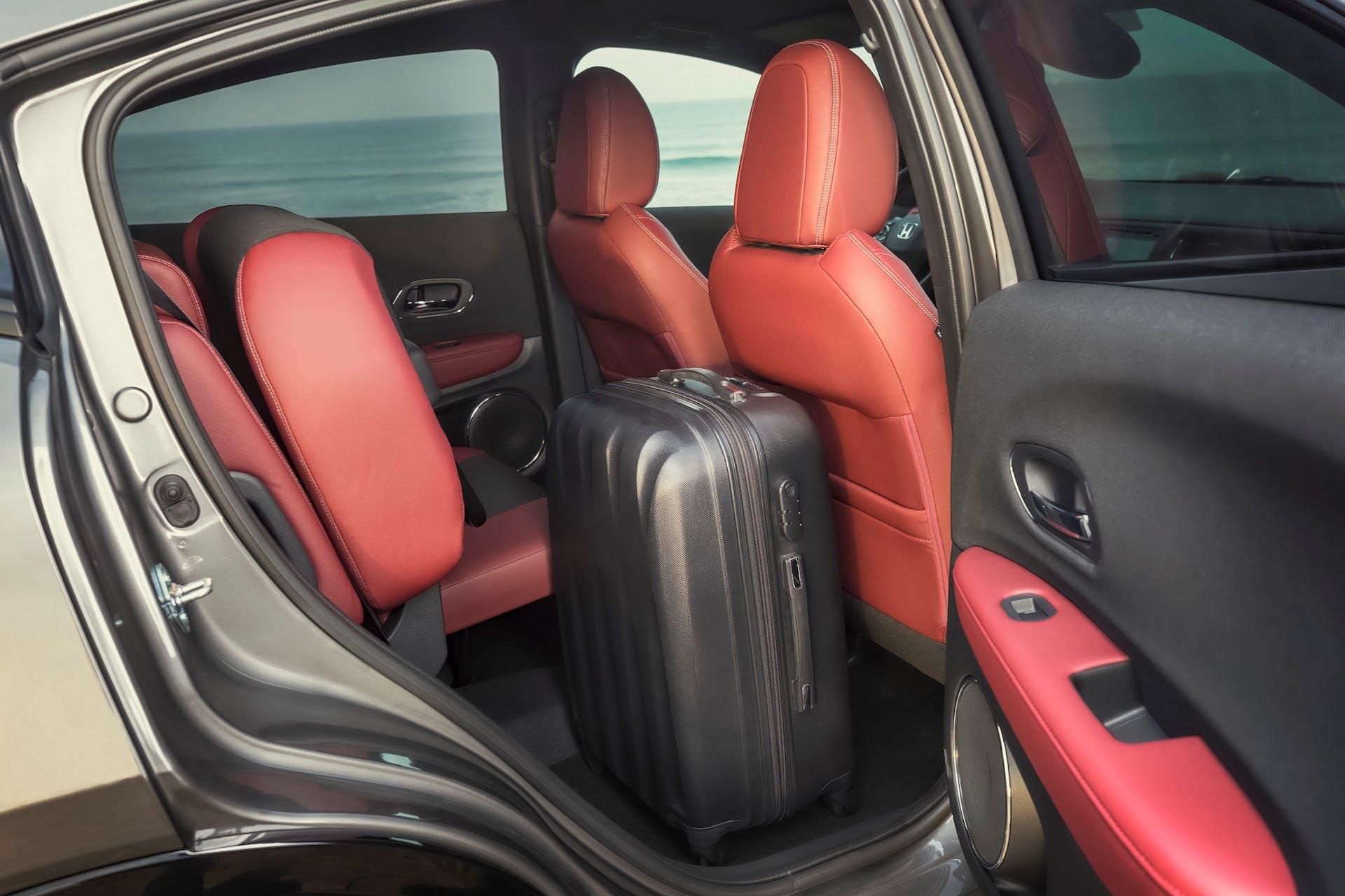 Honda HR-V auto interni sedili posteriori ribaltabili spazio di carico