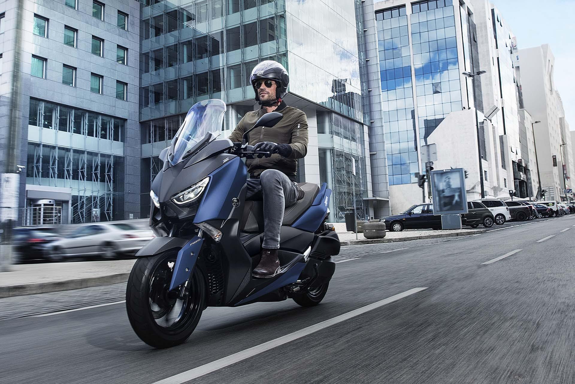 Yamaha XMax 300 migliori scooter 300