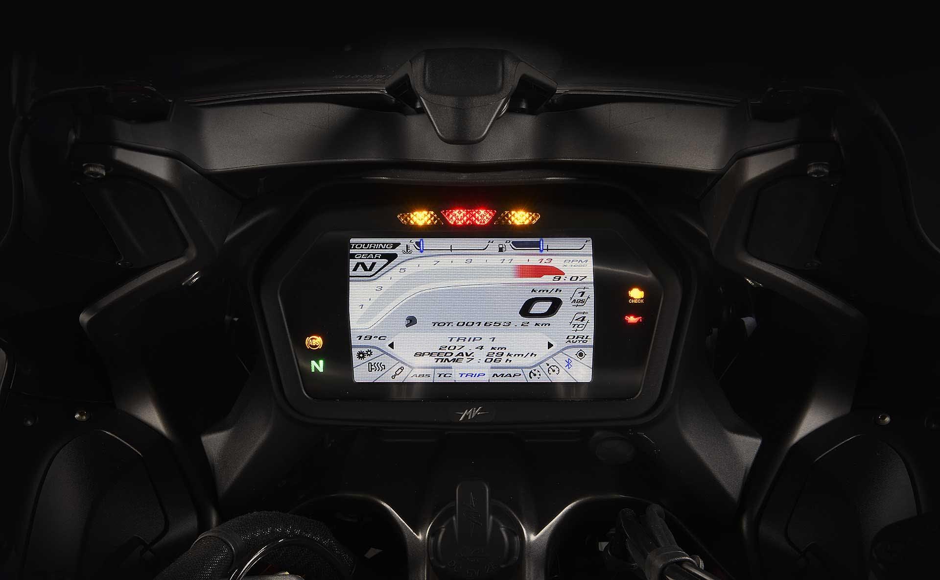 MV Agusta Turismo Veloce Lusso SCS rossa dettaglio schermo