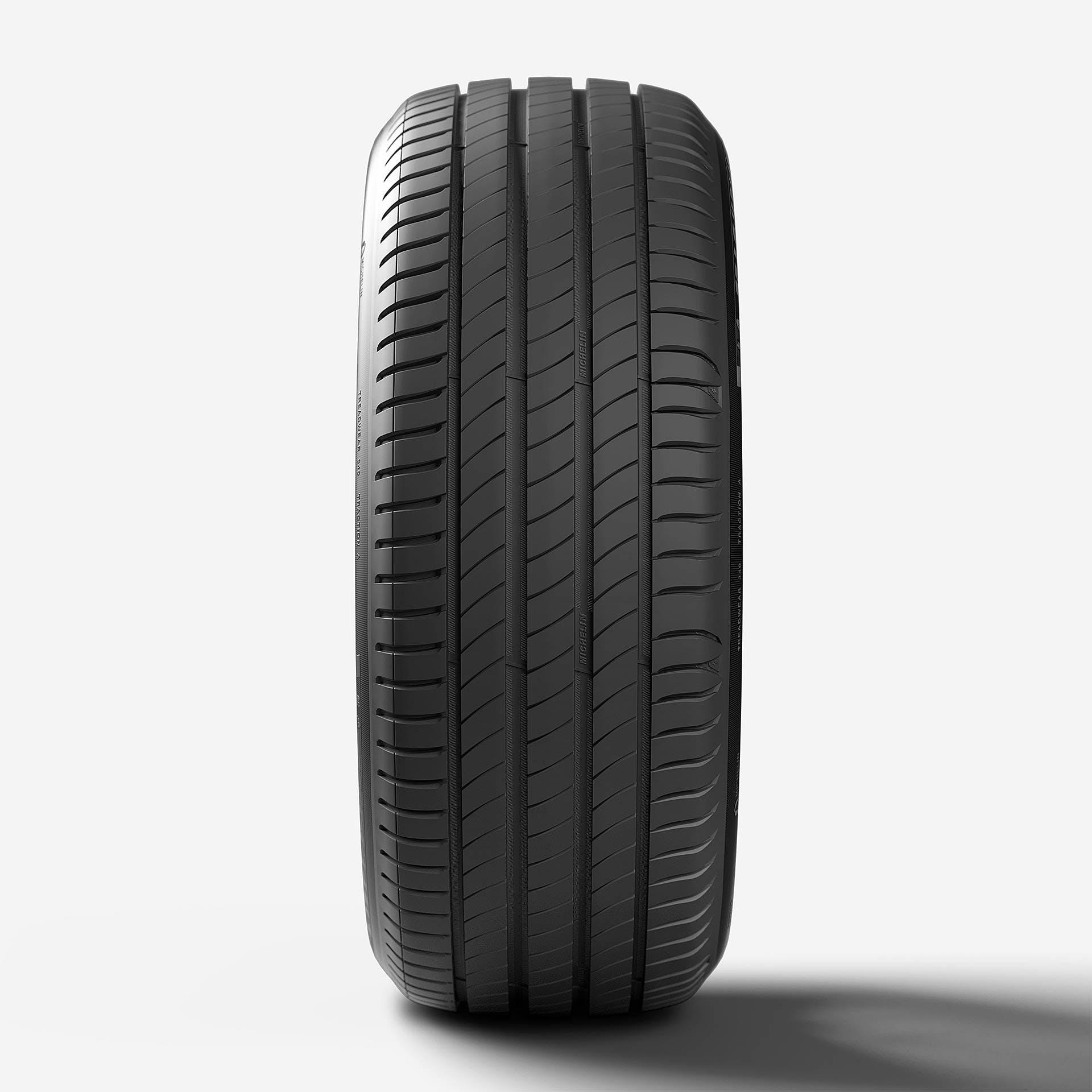 Michelin Primacy 4 vista frontale con battistrada