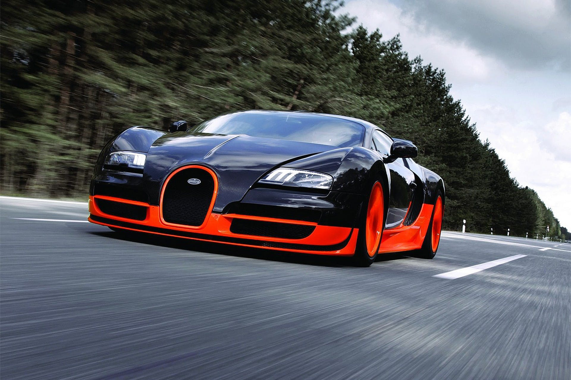 Bugatti Veyron 16.4 Super Sport dinamica