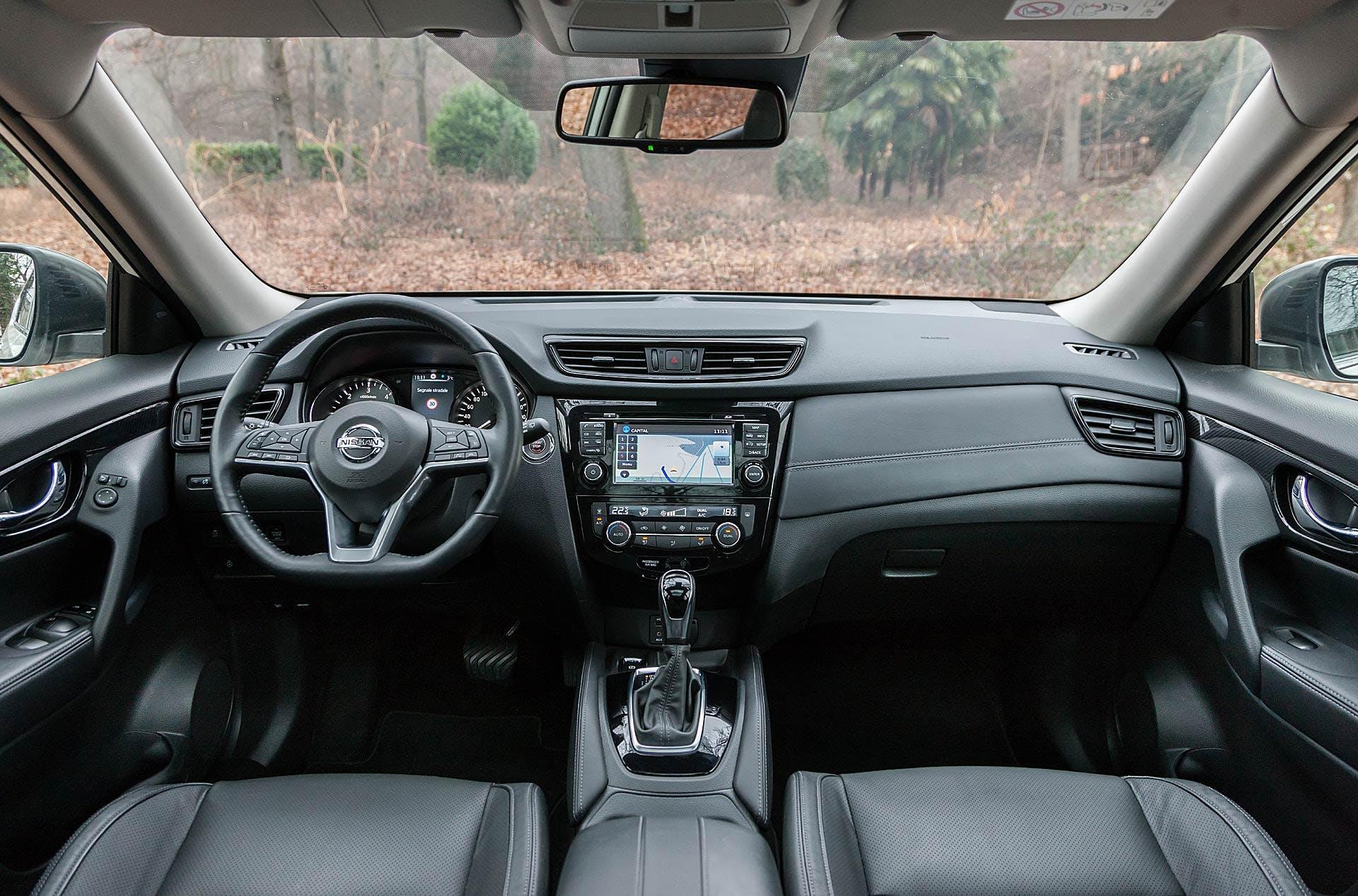 Nissan X-Trail 1.6 dCi 130 CVT 2WD Tekna interni