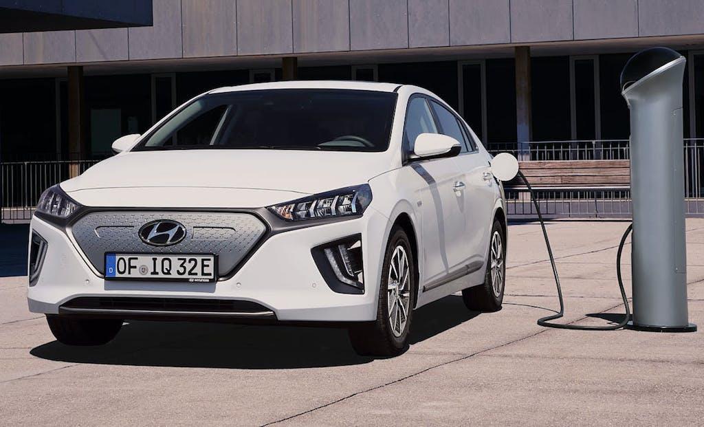 Hyundai Ioniq Electric, il restyling porta più autonomia