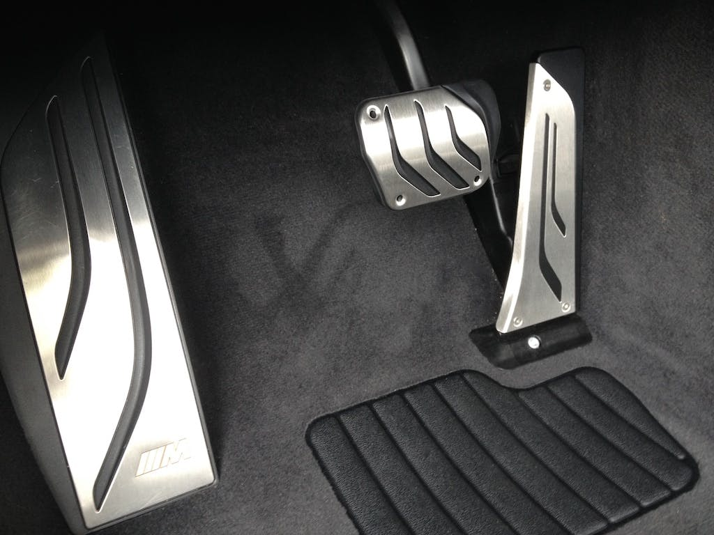 pedale acceleratore