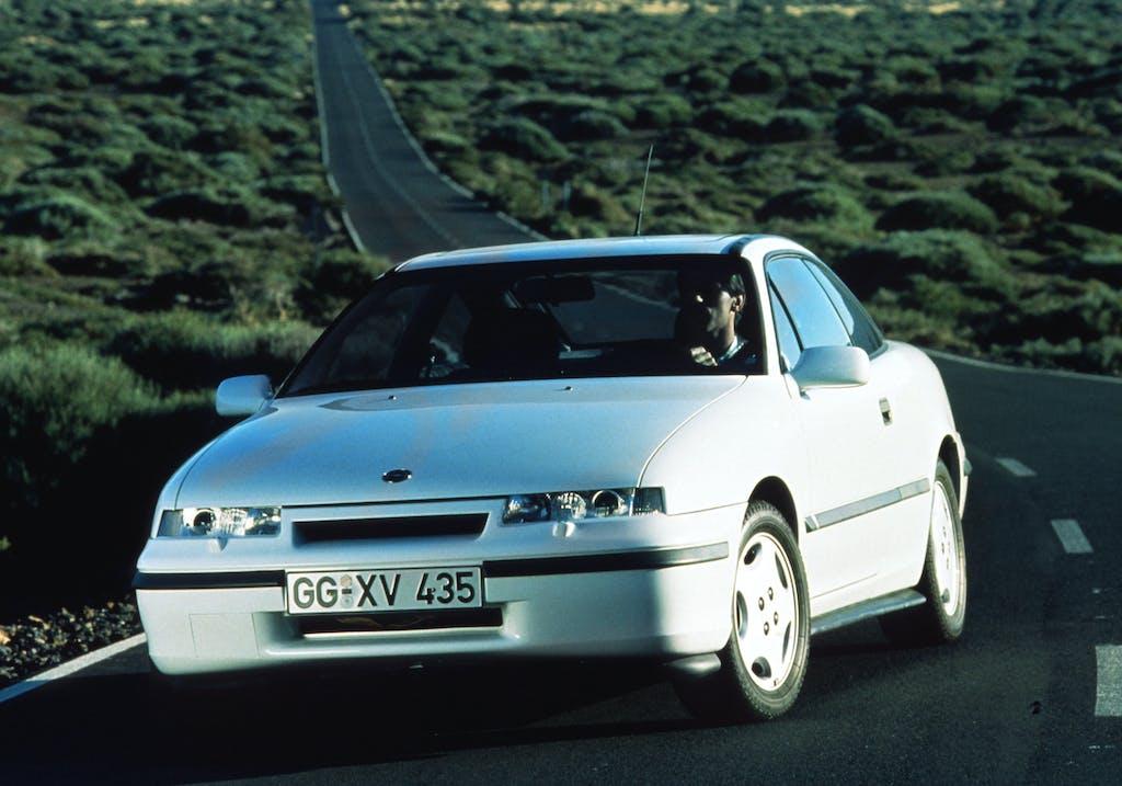 Youngtimer – Opel Calibra, 30 anni portati alla grande