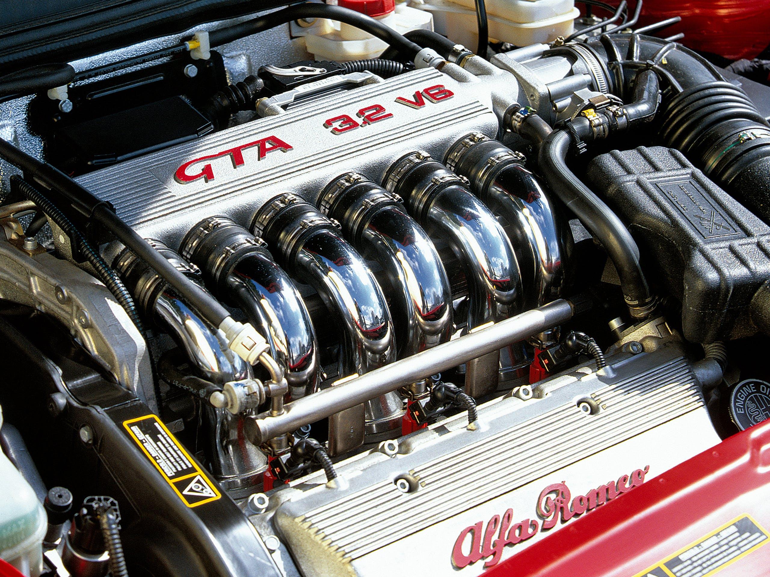 Alfa Romeo 156 GTA motore Busso