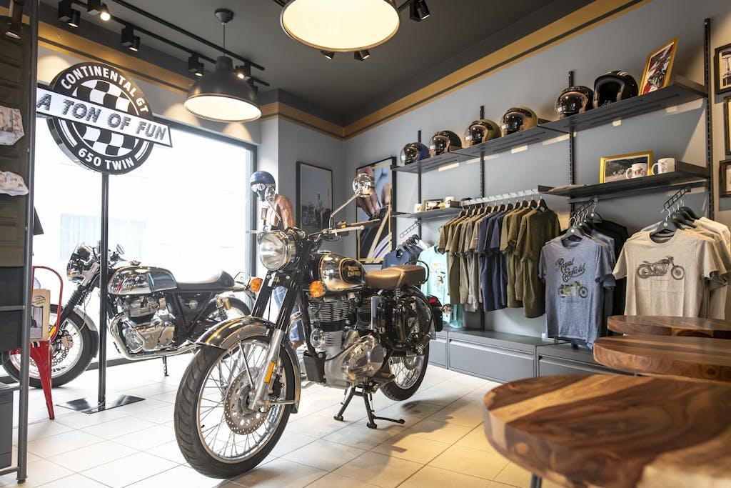 Royal Enfield concept store: ecco il primo