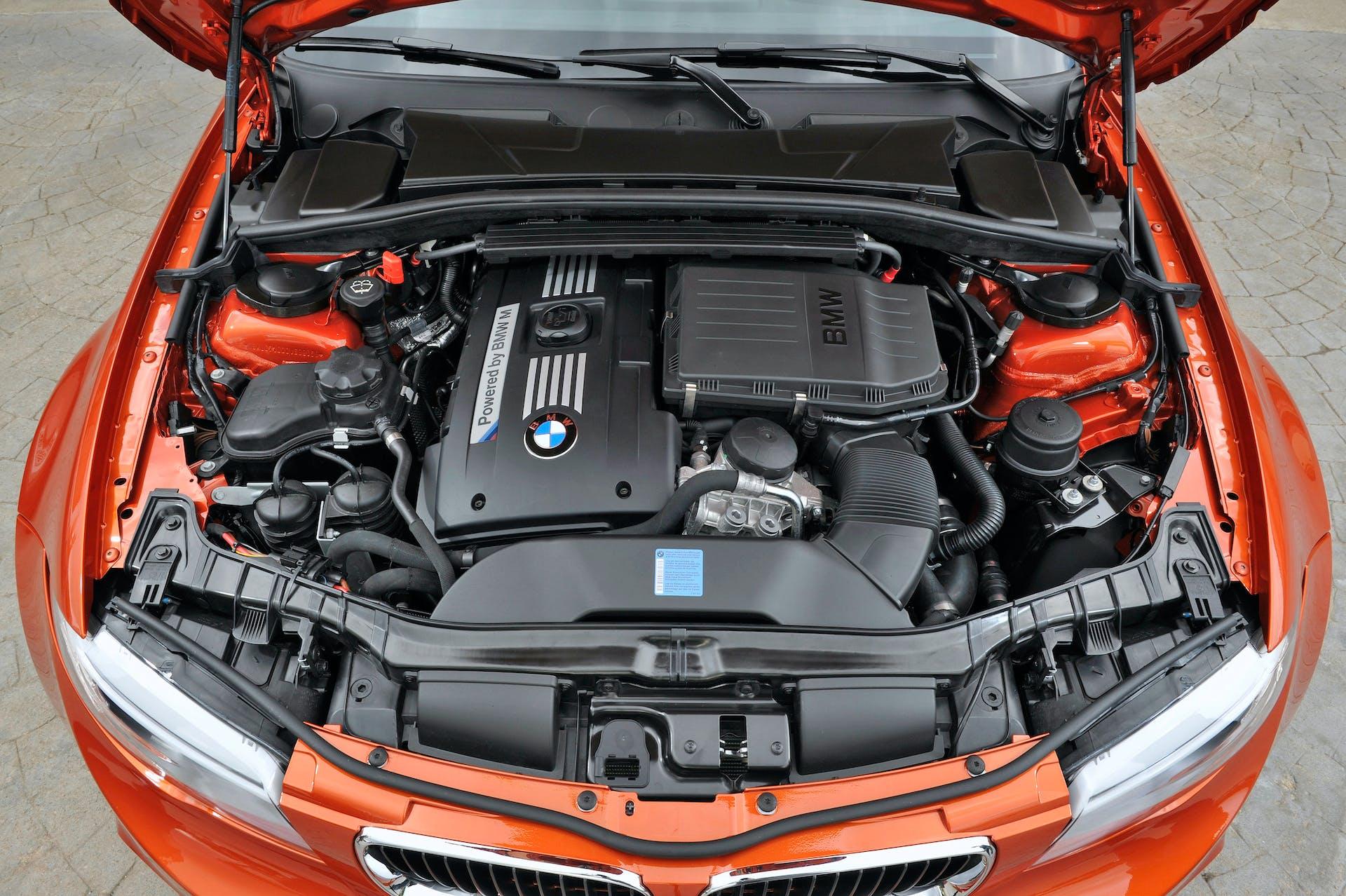 BMW Serie 1 M coupé motore