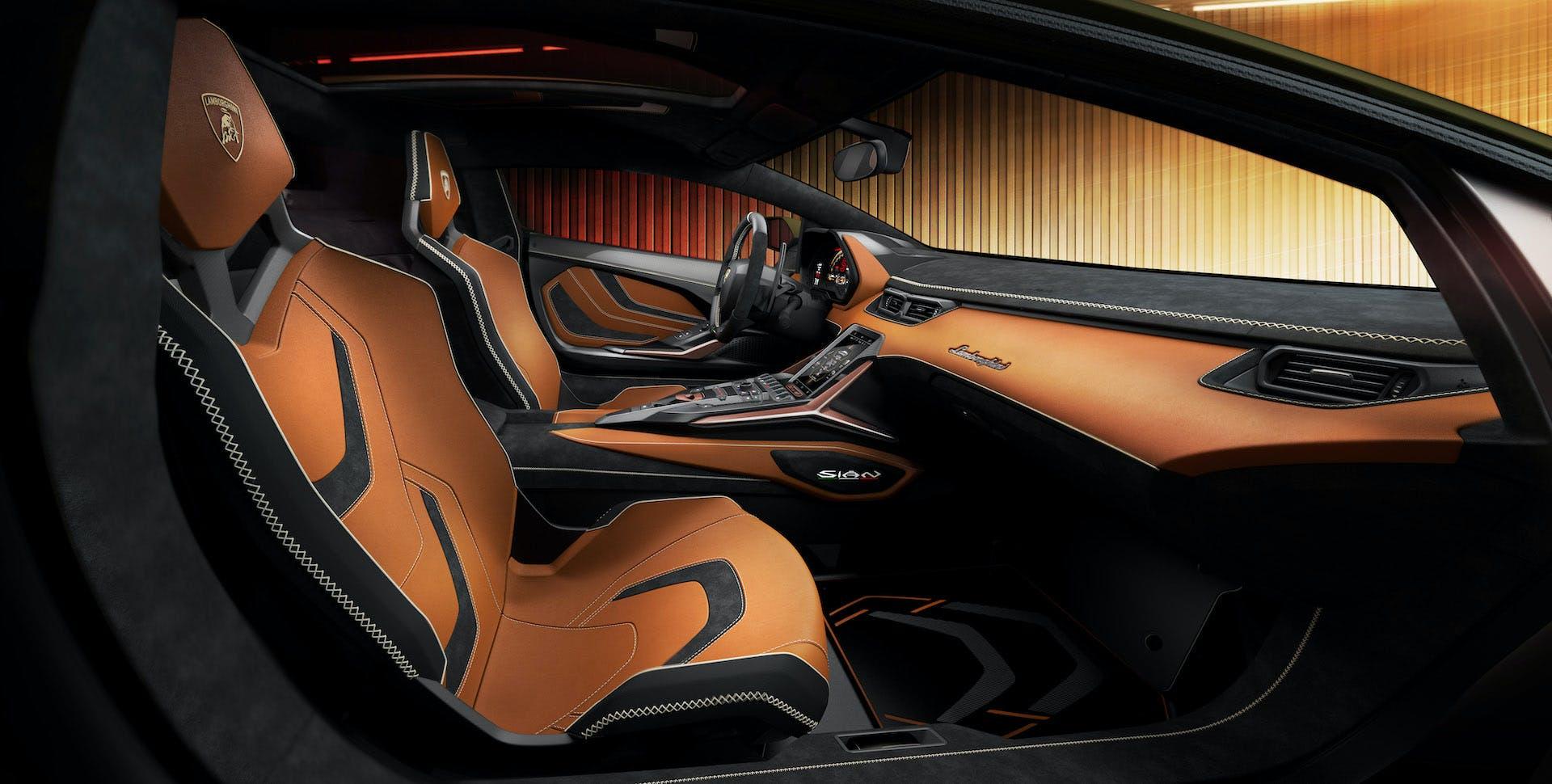 Lamborghini Siàn posizione di guida