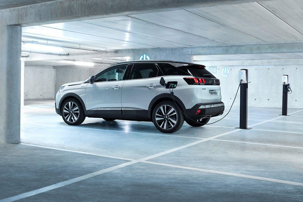 Peugeot, un 2019 da record. E metà delle auto vendute è SUV…