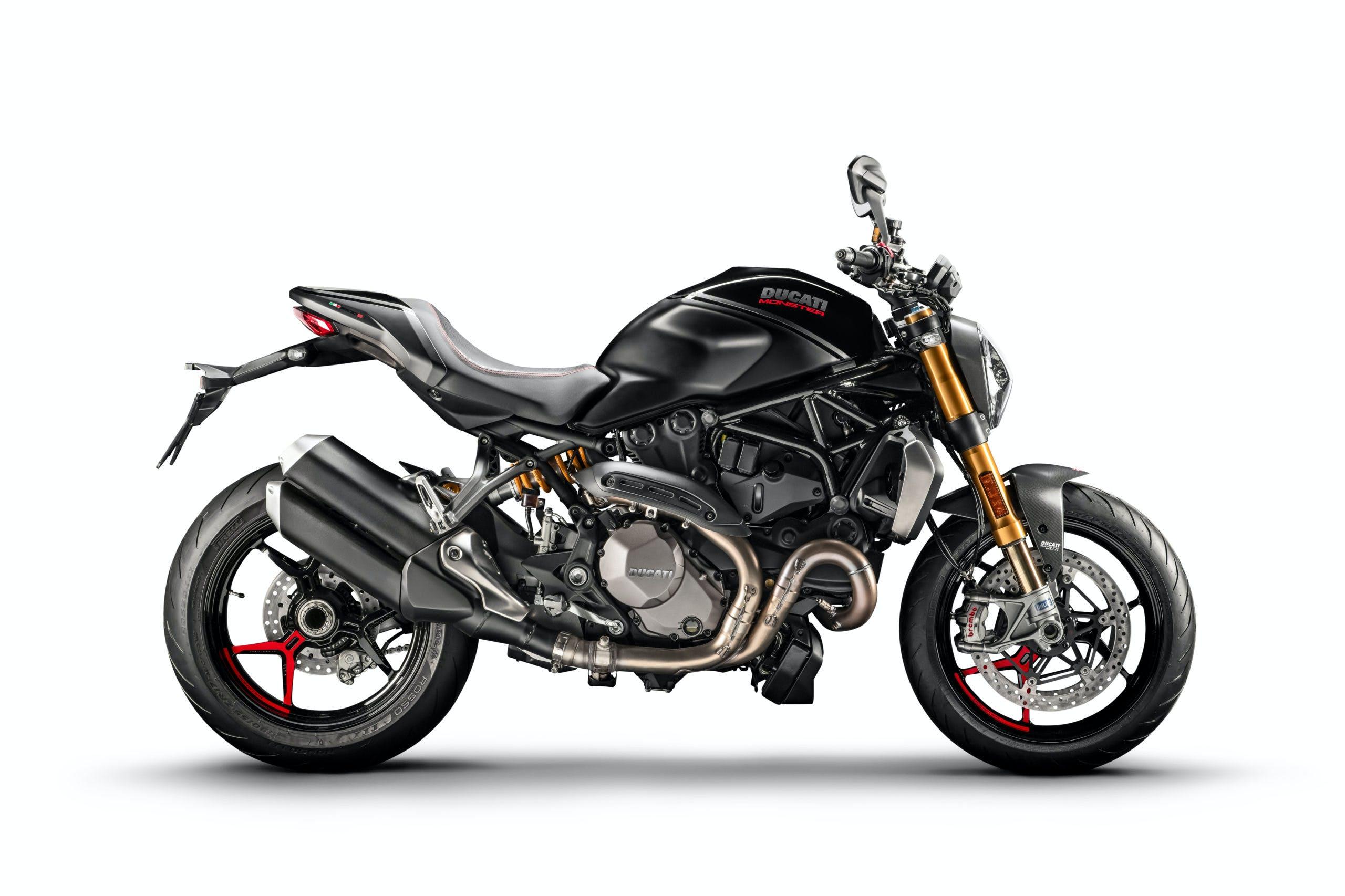 Ducati Monster 1200 S Black on Black laterale