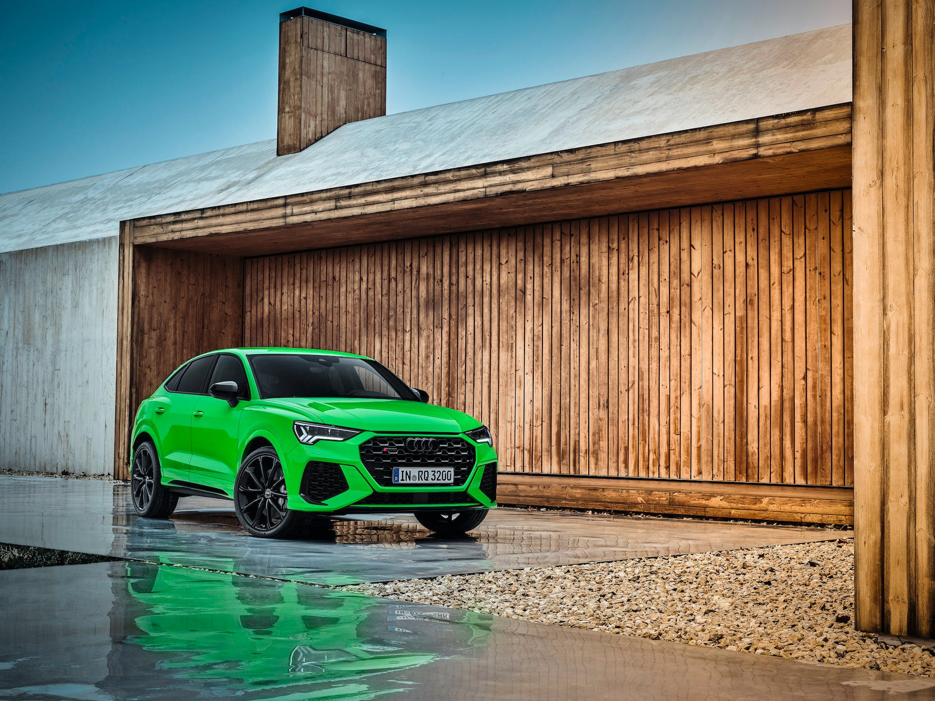 Audi RS Q3 Sportback verde Kyalami anteriore