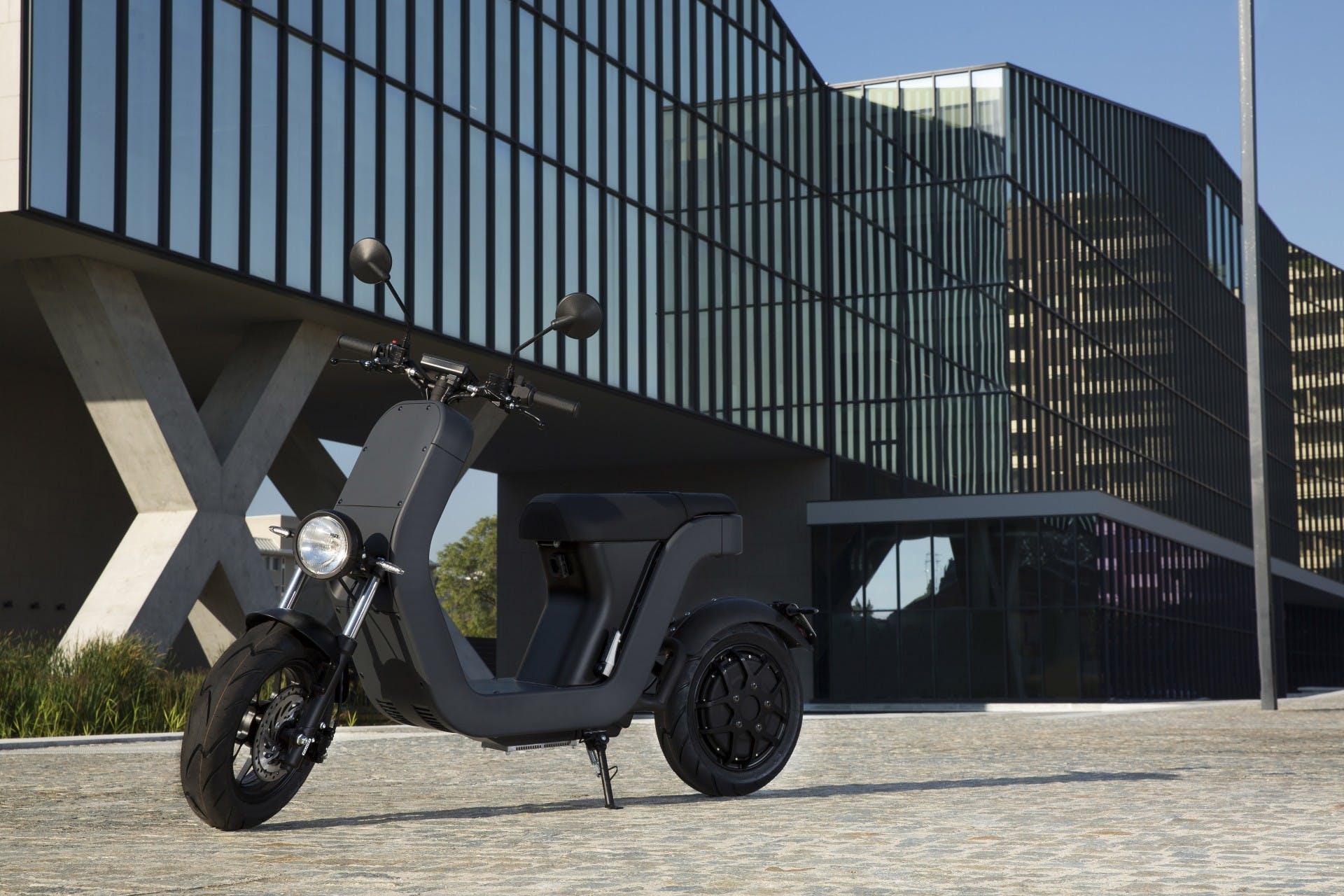 ME 2.5 scooter elettrico italiano