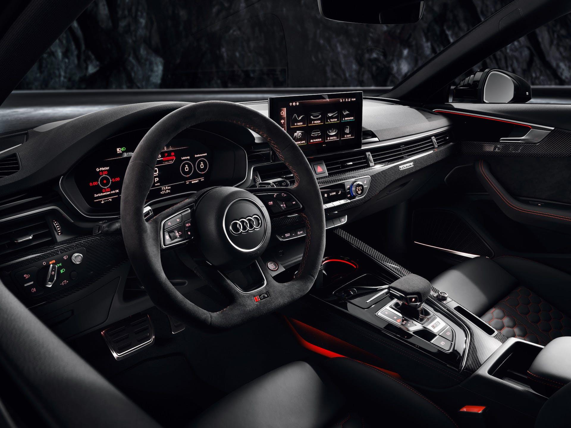 Audi RS 4 Avant plancia