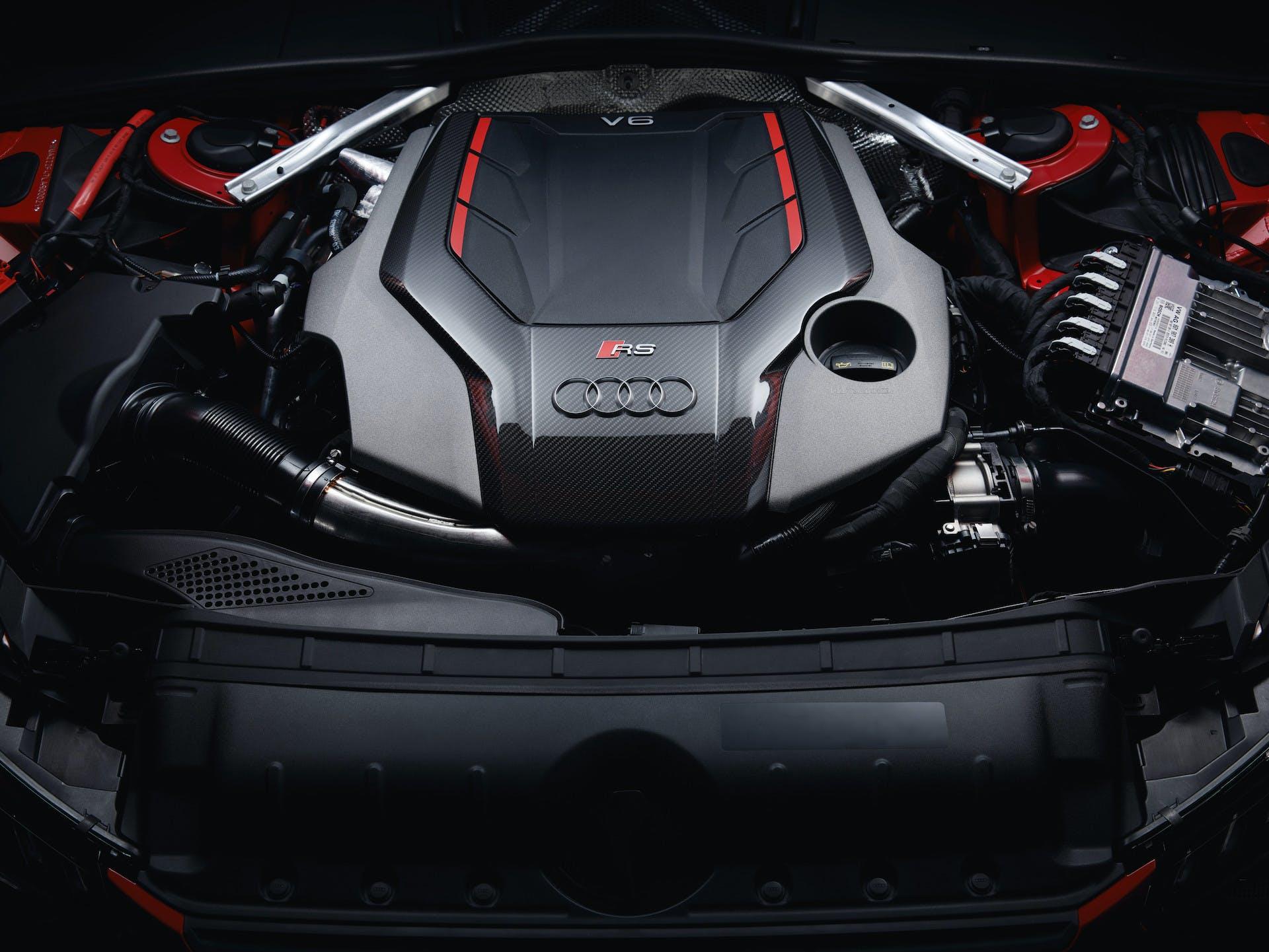 Audi RS 4 Avant motore
