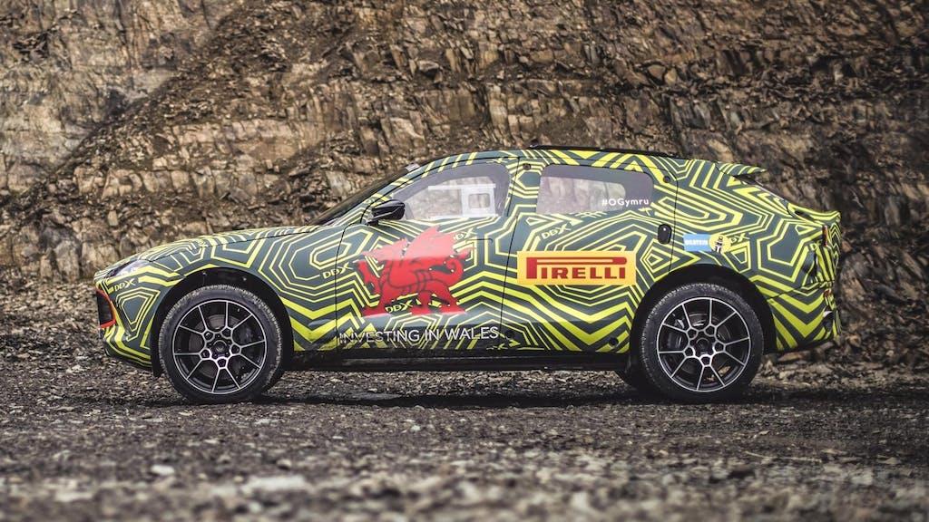 Aston Martin DBX, ultimi collaudi