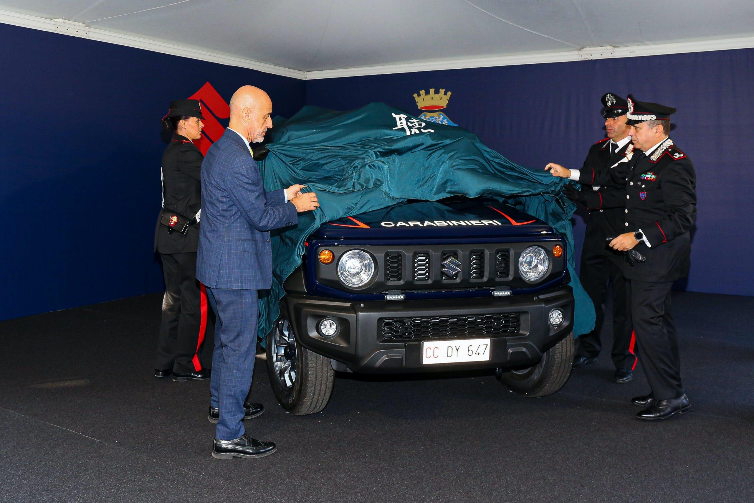Suzuki Jimny Carabinieri reveal