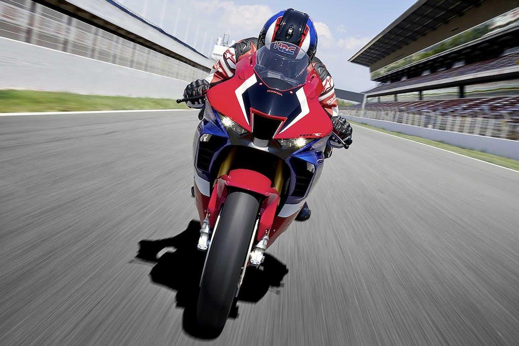 Honda CBR1000RR-R Fireblade  Rivoluzione MotoGP