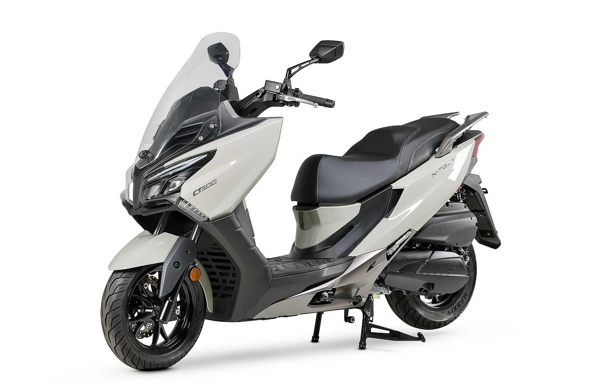 Kymco X-Town CT migliori scooter 300 pedana piatta