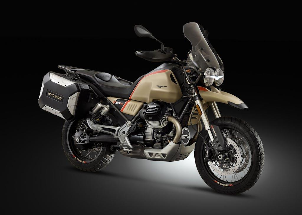 Moto Guzzi V85 TT Travel, pronti, si parte