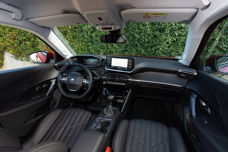 Nuova Peugeot 2008, la prova (vista plancia) interni