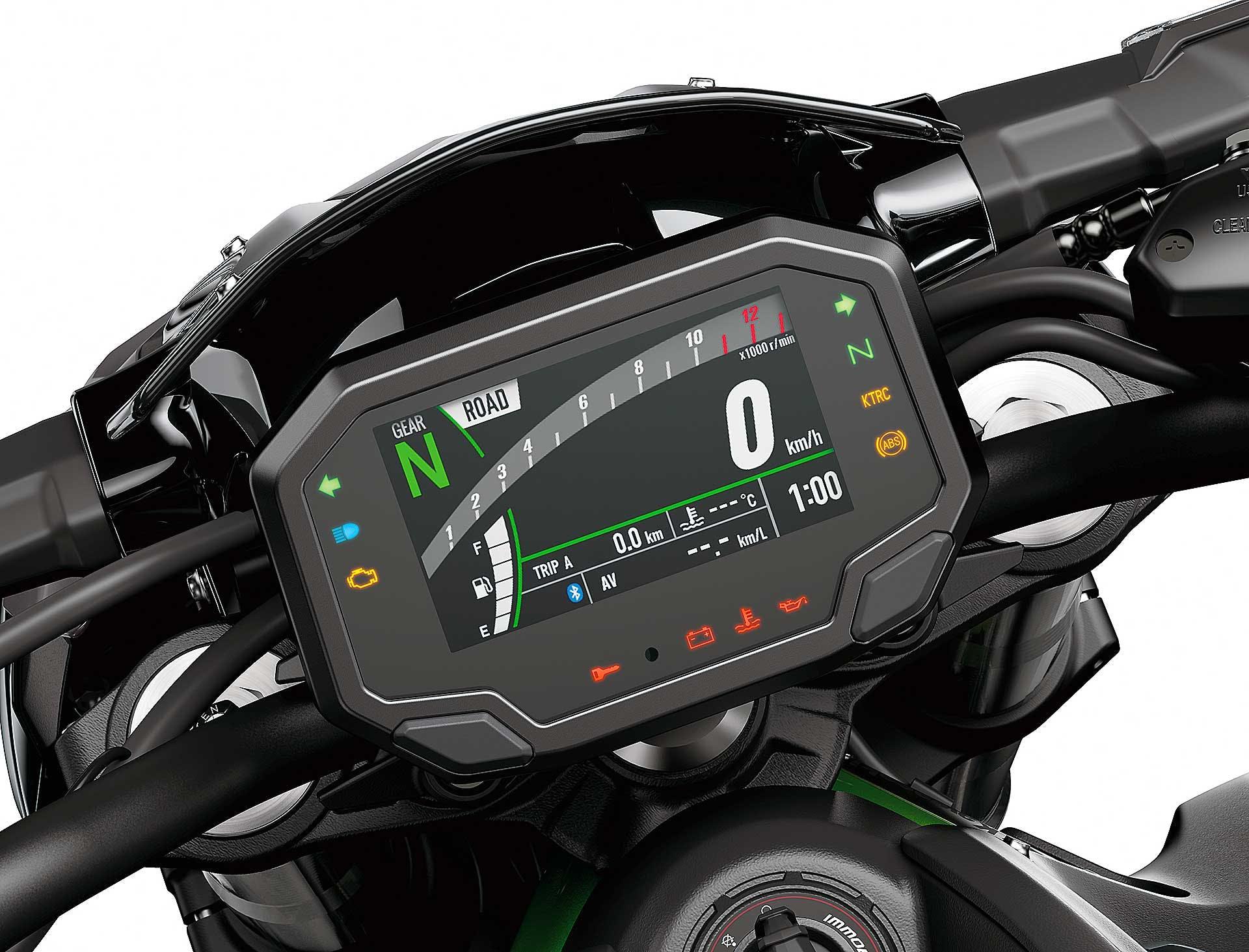 Prova Kawasaki Z900 2020 dettaglio strumentazione digitale connessa moto