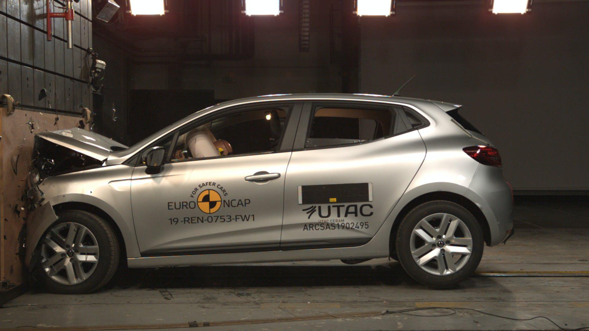 Renault Clio 2019 crash test