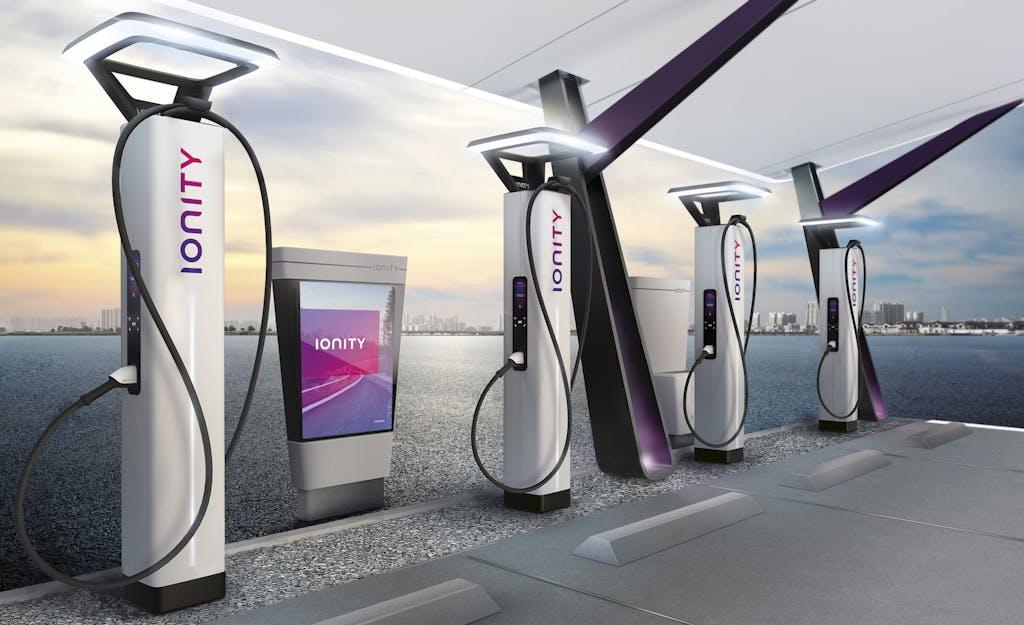 Auto elettriche, la ricarica Ionity costa più del pieno di un SUV da 400 cavalli