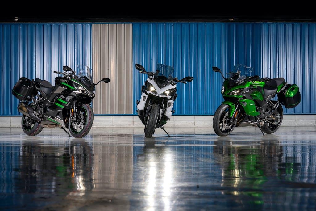 Kawasaki Ninja 1000 SX: pronta a ripartire con le valigie
