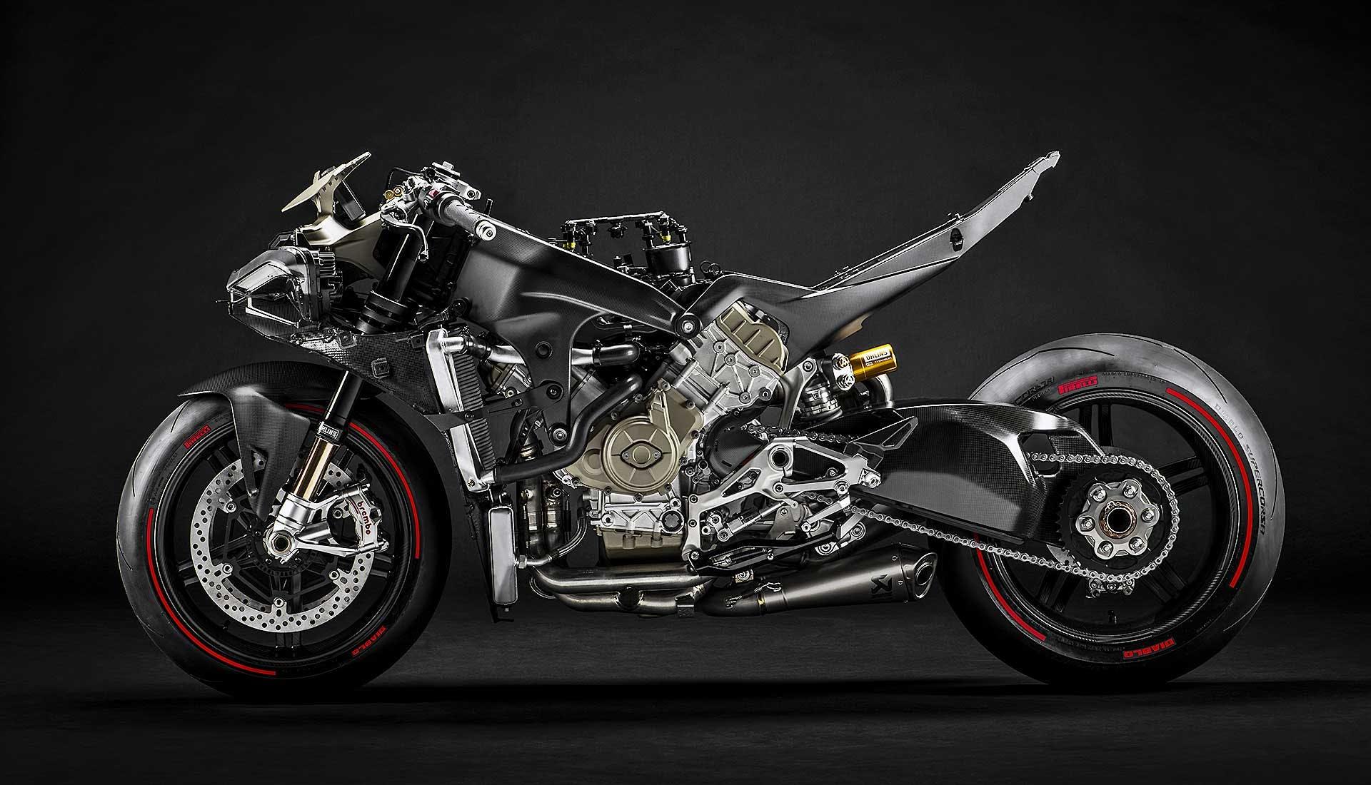 Ducati Superleggera V4 moto nuda senza carena