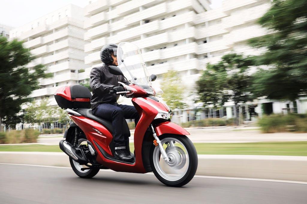 Mercato moto settembre, +16% aspettando EICMA