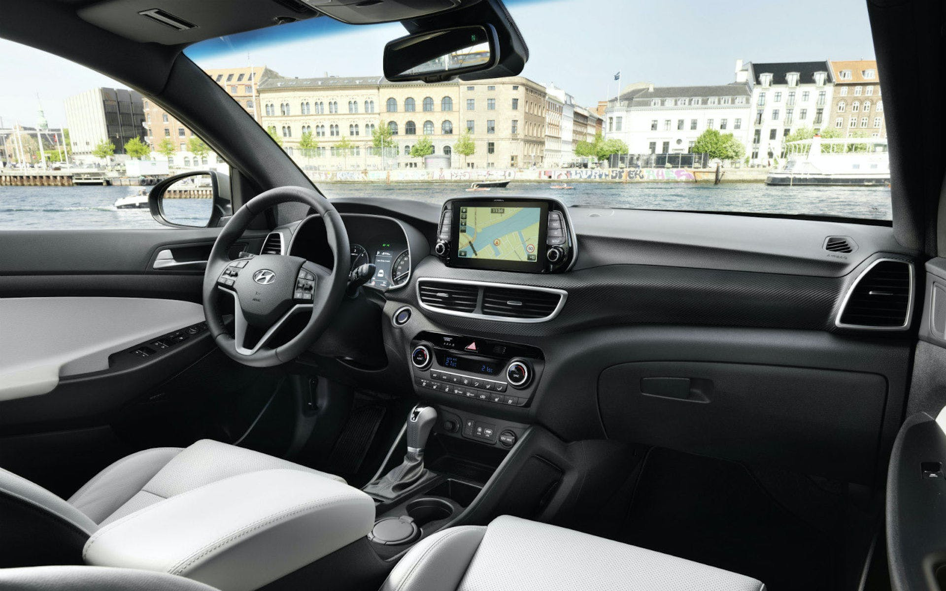 Hyundai-Tucson-XLine interni