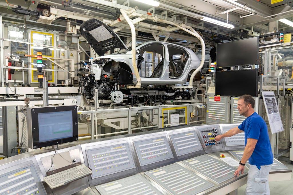 Coronavirus, anche in Germania le Case auto produrranno ventilatori
