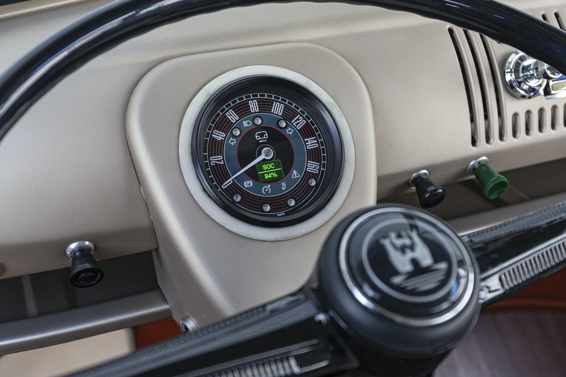 Volkswagen e-bulli strumentazione
