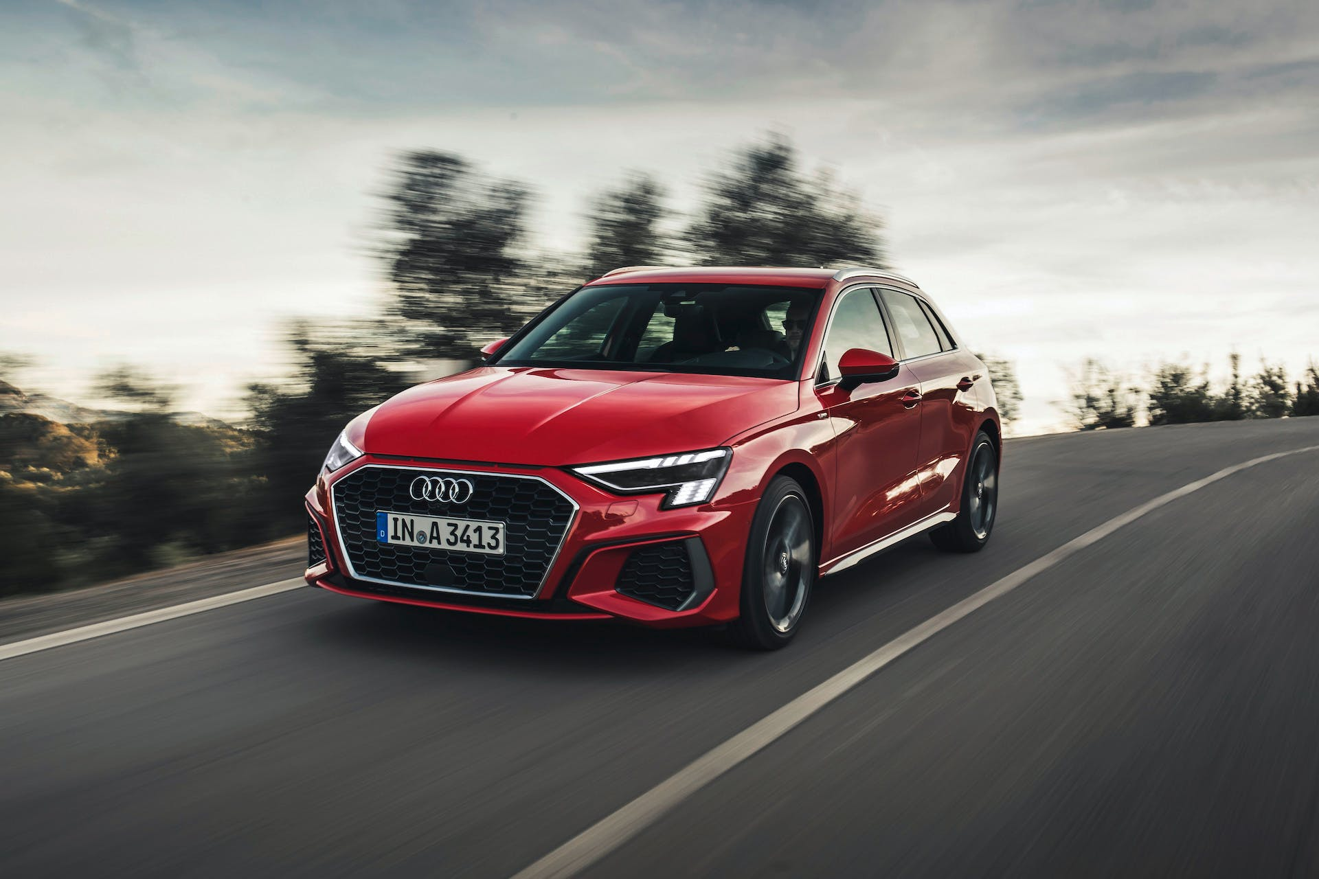 Audi A3 Sportback rossa, test drive