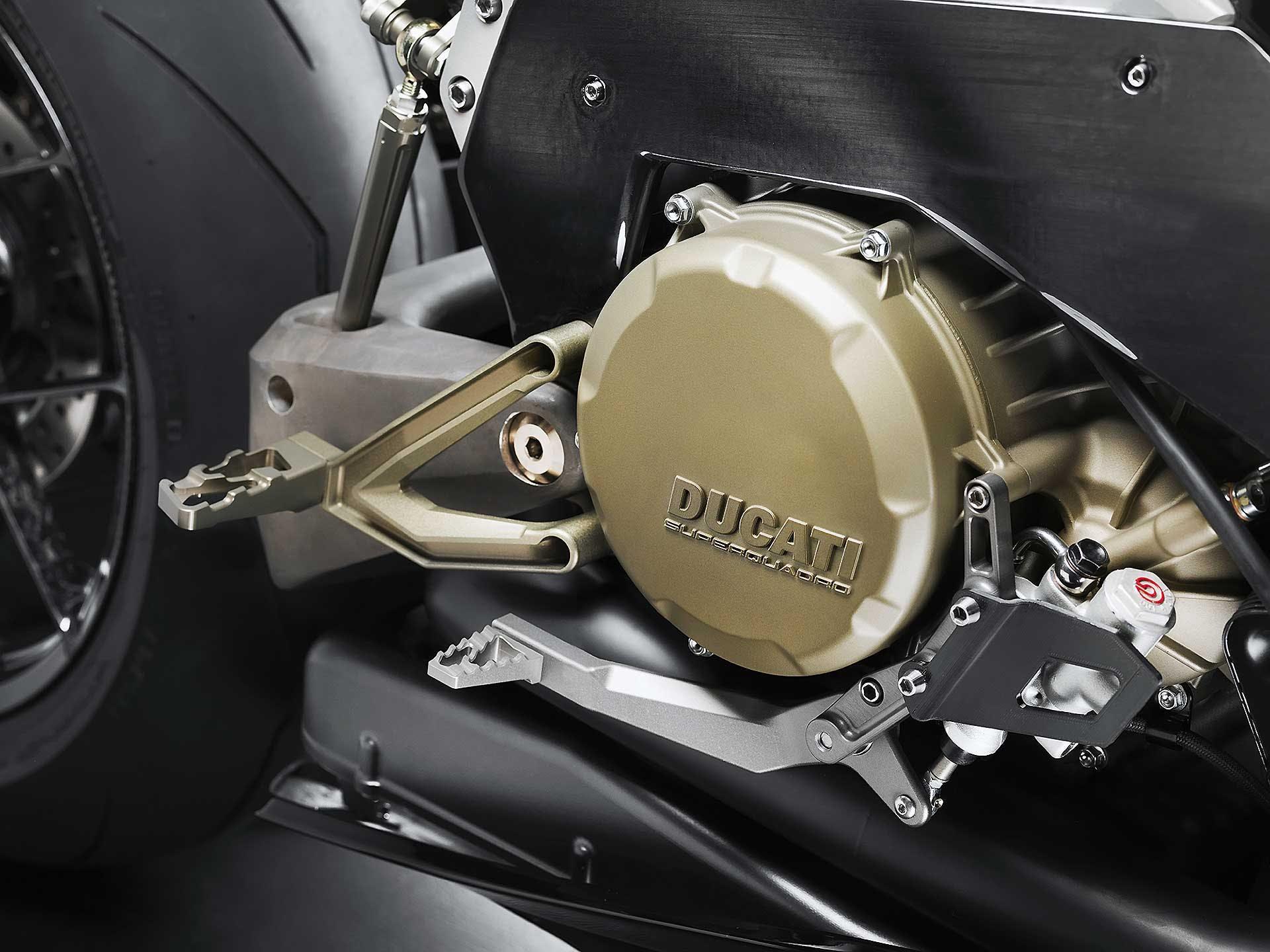 Vyrus Alyen Motore Ducati Superquadro